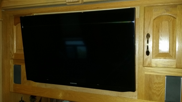 New RV Flat Screen TV